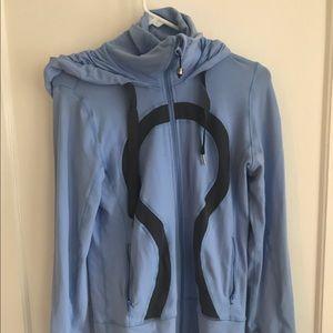 Lululemon pullover/sweatshirt (?)